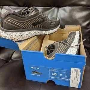 Brooks Ghost 12 men's running shoes. Sz 10